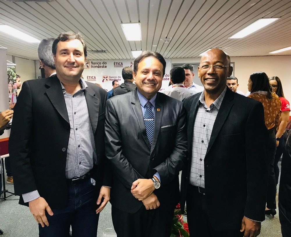 Brenno Barreto, César Santana e Edmilson AndradeFoto: Ascom/SergipeTec
